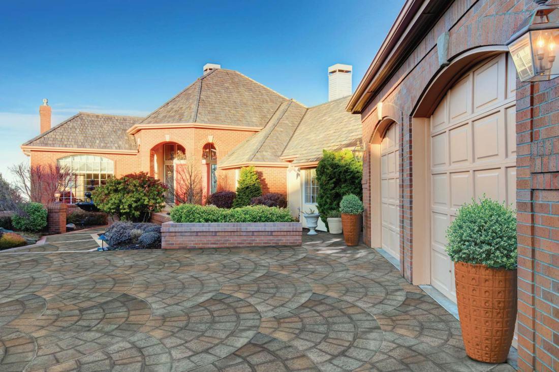 image 5 - cobblestone driveway