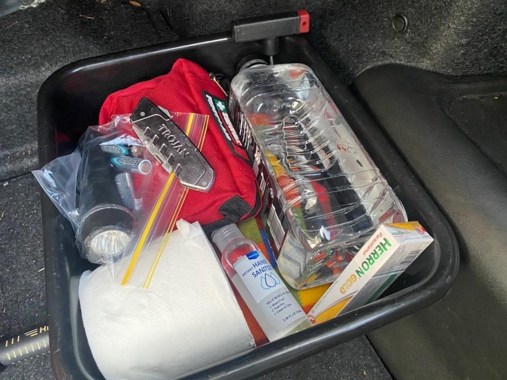 Basic Car Safety Kit
